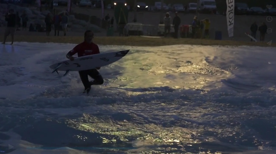 Fistral Beach Night Surfing The Newquay Guide